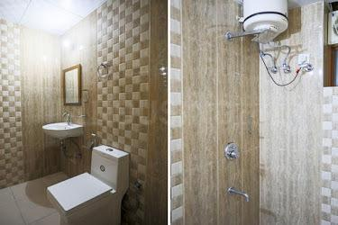 Bathroom Image of Urbaneoomz in DLF Phase 2