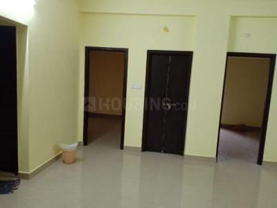 Gallery Cover Image of 1200 Sq.ft 2 BHK Independent House for rent in Kovilambakkam for 16000