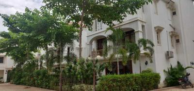 Gallery Cover Image of 4095 Sq.ft 4 BHK Independent House for buy in Science City for 55000000