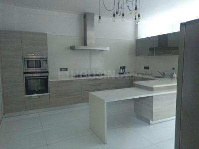 Gallery Cover Image of 9000 Sq.ft 5 BHK Independent House for buy in DLF Phase 1 for 130000000