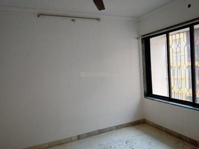 Gallery Cover Image of 625 Sq.ft 1 BHK Apartment for rent in Santacruz East for 35000