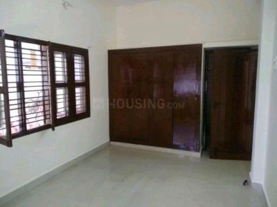 Gallery Cover Image of 900 Sq.ft 2 BHK Apartment for rent in Kottivakkam for 15500