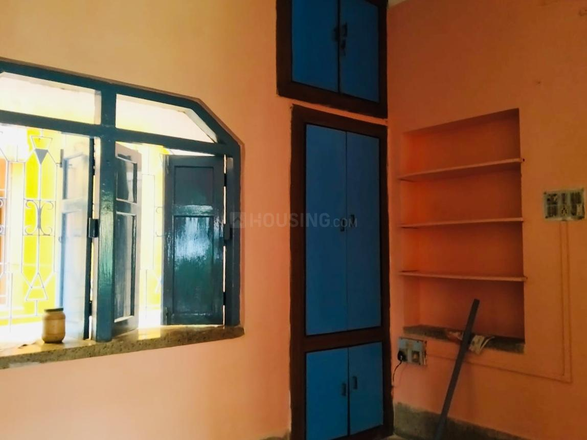 Bedroom Image of 1000 Sq.ft 2 BHK Independent Floor for rent in Barisha for 9000