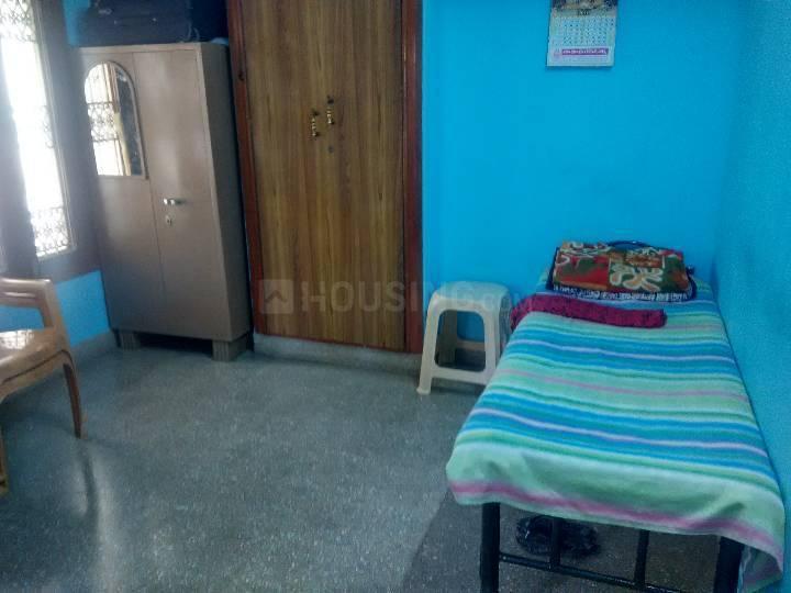 इंदिरा नगर में लेडिज पीजी में बेडरूम की तस्वीर