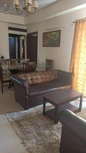 Gallery Cover Image of 1440 Sq.ft 3 BHK Apartment for rent in Sethi Max Royal, Sector 76 for 21000