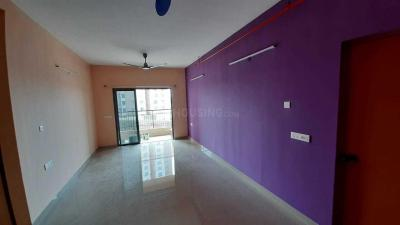 Gallery Cover Image of 1600 Sq.ft 3 BHK Apartment for rent in Siddha Happyville, Reekjoyoni for 18000