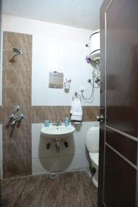 Bathroom Image of PG 3885226 Sector 39 in Sector 39