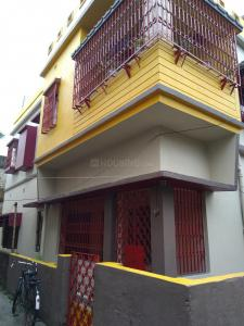 Gallery Cover Image of 800 Sq.ft 2 BHK Independent House for rent in Paschim Putiary for 6200