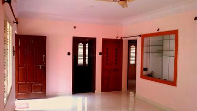 Gallery Cover Image of 1200 Sq.ft 2 BHK Independent House for rent in Mahalakshmi Layout for 20000