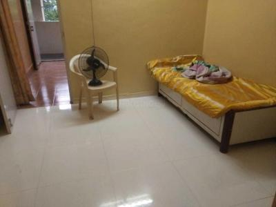 Gallery Cover Image of 450 Sq.ft 1 BHK Apartment for rent in Malad West for 16000