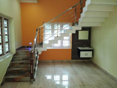 Gallery Cover Image of 1550 Sq.ft 3 BHK Independent House for buy in Chembukkav for 5000000