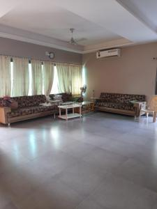 Gallery Cover Image of 3150 Sq.ft 3 BHK Independent House for buy in Bopal for 25000000