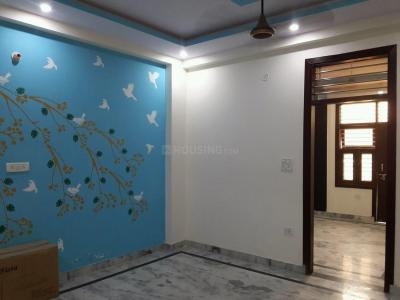 Gallery Cover Image of 1250 Sq.ft 3 BHK Independent Floor for buy in Govindpuram for 3200000