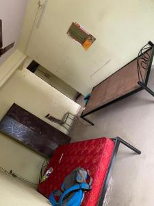 Gallery Cover Image of 750 Sq.ft 1 BHK Apartment for rent in Kothrud for 18000