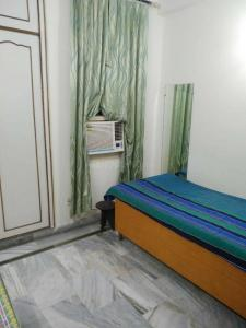 Gallery Cover Image of 350 Sq.ft 1 RK Apartment for rent in Palam for 11000