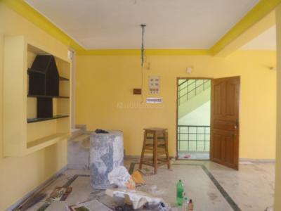 Gallery Cover Image of 1050 Sq.ft 2 BHK Apartment for rent in Velachery for 15000