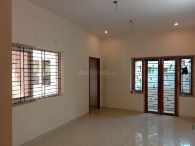 Gallery Cover Image of 850 Sq.ft 2 BHK Apartment for buy in Pammal for 3825000