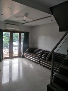 Gallery Cover Image of 3000 Sq.ft 3 BHK Apartment for rent in Armane Nagar for 125000