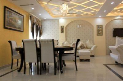 Gallery Cover Image of 1450 Sq.ft 2 BHK Apartment for buy in Gomti Nagar for 4900000