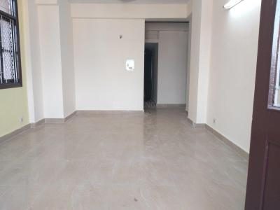 Gallery Cover Image of 1300 Sq.ft 3 BHK Apartment for rent in Patparganj for 27000