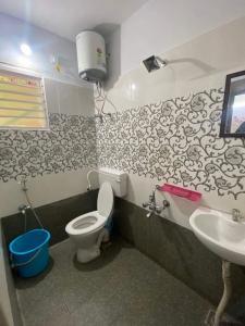 Bathroom Image of Truliv in Nungambakkam