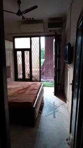 Gallery Cover Image of 750 Sq.ft 2 BHK Independent Floor for buy in Pitampura for 6500000