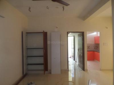 Gallery Cover Image of 750 Sq.ft 2 BHK Apartment for rent in Madipakkam for 12500