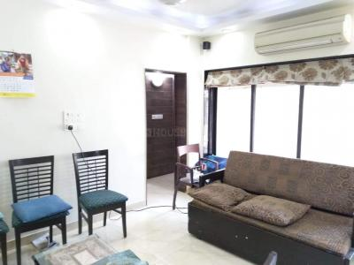 Gallery Cover Image of 890 Sq.ft 2 BHK Apartment for rent in Andheri West for 65000