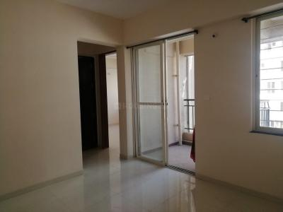 Gallery Cover Image of 690 Sq.ft 1 BHK Apartment for buy in Dhanori for 3700000