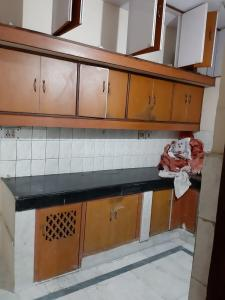 Gallery Cover Image of 630 Sq.ft 1 BHK Apartment for buy in Kaushambi for 3700000