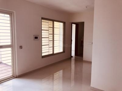 Gallery Cover Image of 941 Sq.ft 2 BHK Apartment for rent in Kondhwa Budruk for 15000