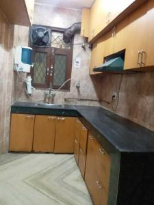 Gallery Cover Image of 1100 Sq.ft 2 BHK Apartment for rent in Vasant Kunj for 34000