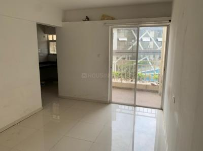 Gallery Cover Image of 620 Sq.ft 1 BHK Apartment for rent in Majestique Manhattan, Wagholi for 9000