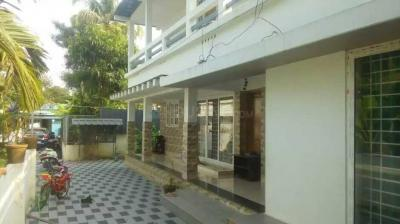 Gallery Cover Image of 1700 Sq.ft 3 BHK Independent Floor for buy in Kadungalloor for 7200000
