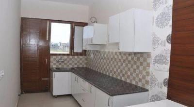 Gallery Cover Image of 540 Sq.ft 1 RK Independent Floor for rent in DLF Phase 3 for 12000