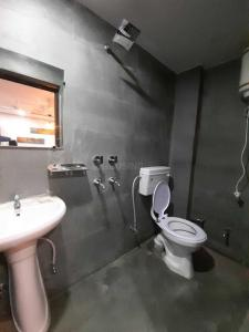 Bathroom Image of Boys And Girls PG in Patel Nagar