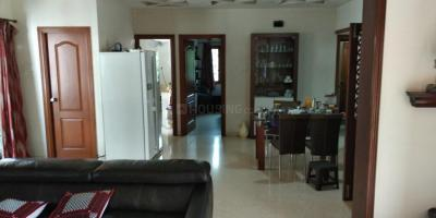 Gallery Cover Image of 2200 Sq.ft 3 BHK Apartment for rent in T Nagar for 75000