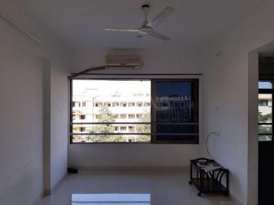 Gallery Cover Image of 600 Sq.ft 1 BHK Apartment for buy in Vile Parle East for 18500000