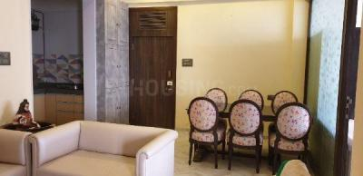 Gallery Cover Image of 1000 Sq.ft 2 BHK Apartment for rent in Bharat Mahal, Churchgate for 200000