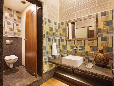 Bathroom Image of Zolo Stay in Thoraipakkam