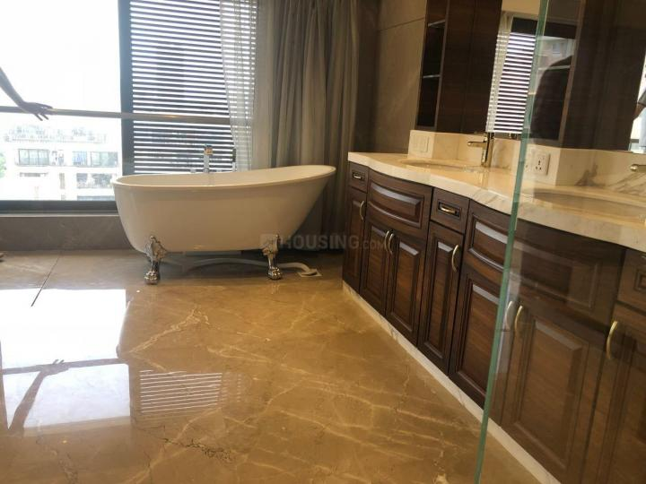 Bathroom Image of 1700 Sq.ft 3 BHK Apartment for rent in RNA Azzure, Bandra East for 100000