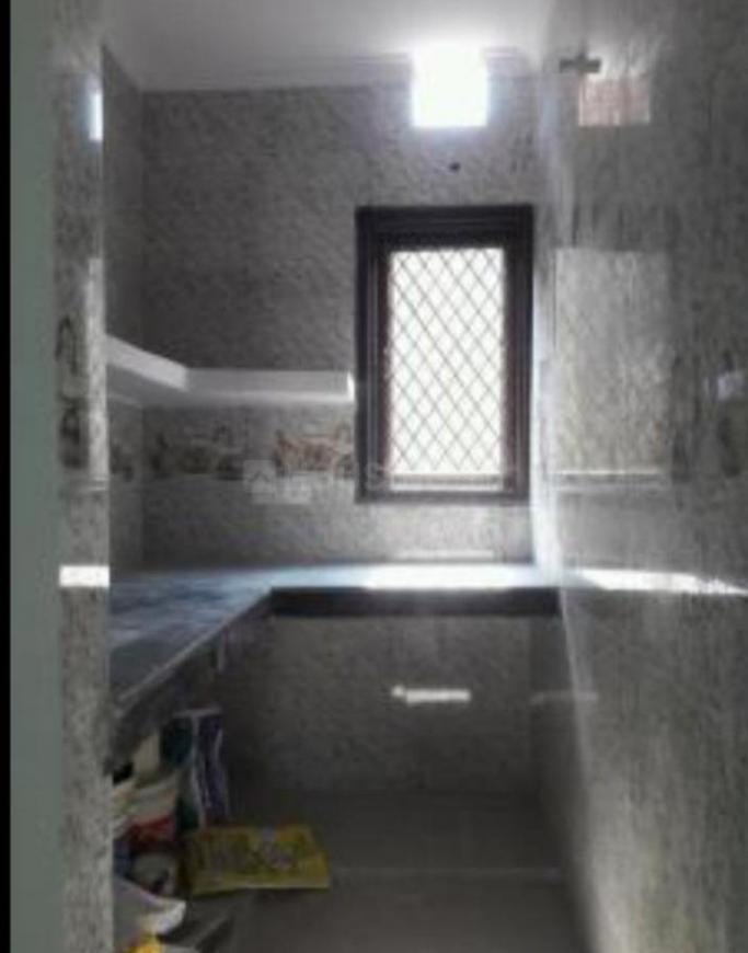 Kitchen Image of 600 Sq.ft 1 BHK Independent Floor for rent in Lajpat Nagar for 16000