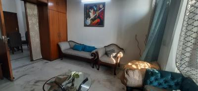 Gallery Cover Image of 1800 Sq.ft 2 BHK Independent Floor for rent in Sector 52 for 27000