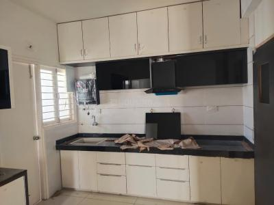 Gallery Cover Image of 1200 Sq.ft 2 BHK Apartment for rent in Devkunj Devkunj, Motera for 13000