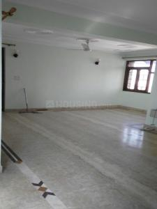 Gallery Cover Image of 2000 Sq.ft 4 BHK Apartment for rent in Sector 5 Dwarka for 25000