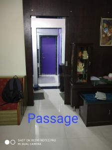 Gallery Cover Image of 630 Sq.ft 1 BHK Apartment for buy in Maitri Heights, Thane West for 8000000