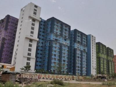 Gallery Cover Image of 1319 Sq.ft 3 BHK Apartment for rent in NBCC Vibgyor Towers, New Town for 20000
