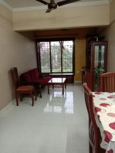 Gallery Cover Image of 550 Sq.ft 1 BHK Apartment for buy in Santacruz East for 12500000
