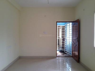 Gallery Cover Image of 895 Sq.ft 2 BHK Apartment for buy in Korattur for 4750000