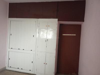 जी 75, सेक्टर 40  में 5500000  खरीदें  के लिए 3560 Sq.ft 3 BHK अपार्टमेंट के बेडरूम  की तस्वीर